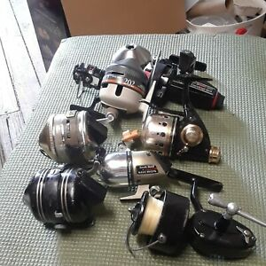Lot of vintage fishing reelsFOR PARTS OR REPAIR Eight plus she#x27;ll and cap