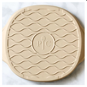 Pampered Chef. Personal Pizza Stone FEER SHIPPING