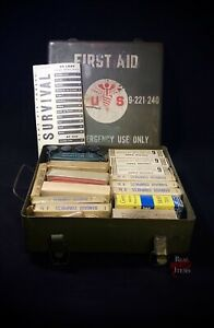 WWII First aid vehicle kit. Antique WITH ALL ORIGINAL CONTENTS. highly active $255.00