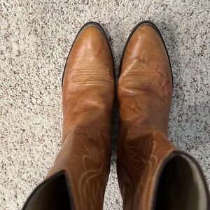 Justin Boots Leather Western Style Mens Size 11 1 2EE Peanut Brittle brown