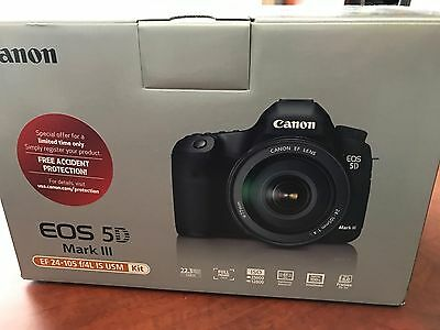 BRAND NEW Canon EOS 5D Mark III 22-3MP Digital SLR Camera with EF 24-105mm
