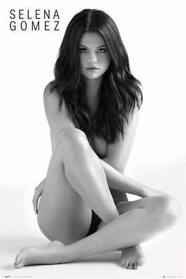 SELENA GOMEZ POSTER 61x91cm LEGS CROSSED PICTURE PRINT NEW ART