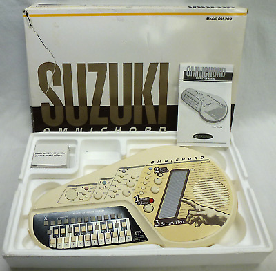 Suzuki Omnichord OM-300 Auto HarpSynthesizer w Original box Works Great