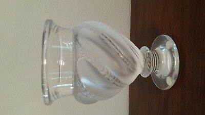 Lalique frosted crystal vase 5-75 inches tall Ermenonville style