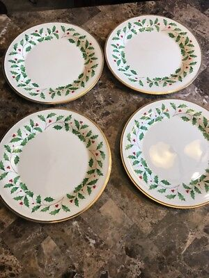 LENOX Holiday Dinner Plates 10-5 with gold rim  Set of 4