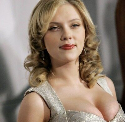 Scarlett Johansson Sexy Big Breasts 8x10 Photo Print