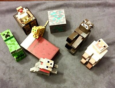 New Minecraft 9 Piece Articulated Action Figure Set Includes 5 Animal Figures