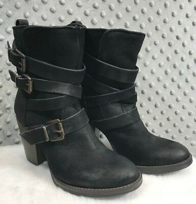 Steve Madden Yale Boots Black Leather Belted Heels Barely Worn Size 5M EUC Ankle