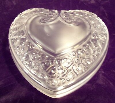 SIGNED LALIQUE FROSTED GLASS HEART PIN TRINKET JAR   NO RESERVE