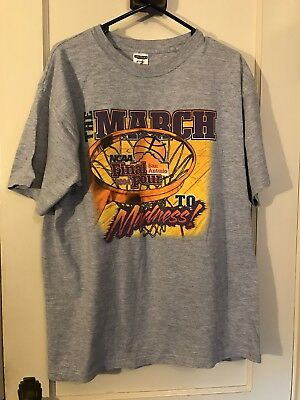 NCAA March Madness Final Four 2004 San Antonio T-Shirt Mens Large Basketball