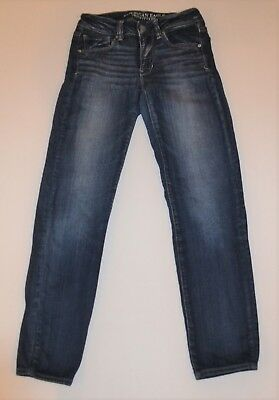 American Eagle Outfitters Super Stretch Skinny Jeans 2 Short Medium Wash
