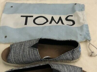Toms shoes Womens size 8-5