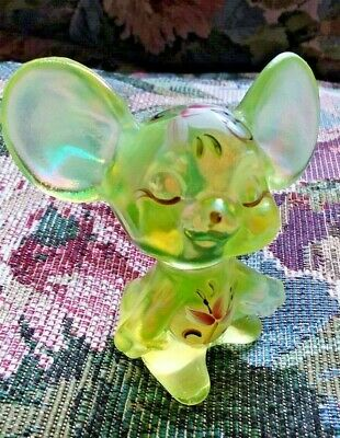 Fenton Mouse Yellow Topaz Opalescent Figurine Vaseline Iridized Pink Lily Rare