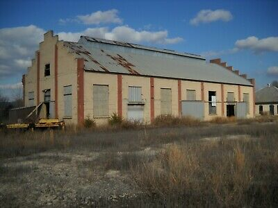 Warehouse with Office Building - READY FOR YOUR BUSINESS