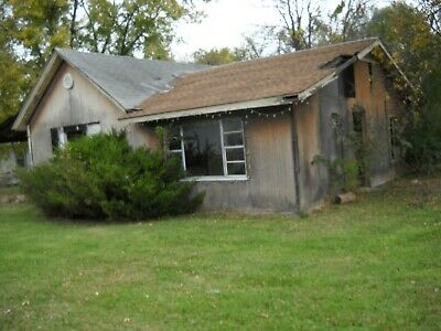 Get your Fixer Upper Today Starting bid 995 Home for Sale Coffeyville KS