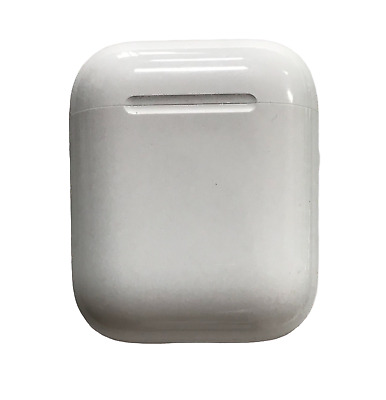 Apple AirPods Wireless Earbuds used