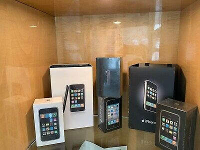 Including iPhone 2G ,3G ,3GS , Headset ,launch Bag and More See Description