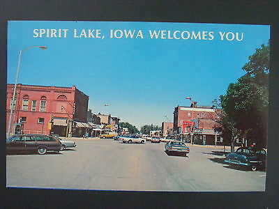 Spirit Lake Iowa IA North Hill Avenue Street Scene Color Chrome Postcard 1960s