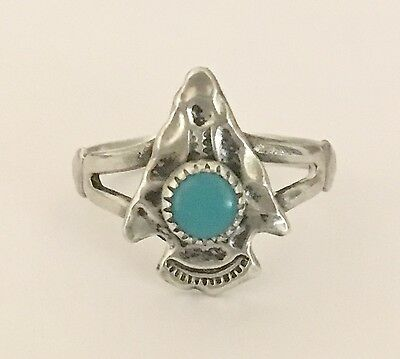 Vintage 925 Sterling Silver Arrow Head Ring With Turquoise Stone   NR