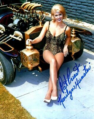 PAT PRIEST MARILYN MUNSTER THE MUNSTERS SWIM SUIT ON CAR COLOR AUTOGRAPHED 8X10