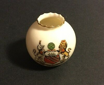 W-H- GOSS CRESTED MINIATURE TOOTHPICK HOLDER CONCILIO ET LABORE MANCHESTER