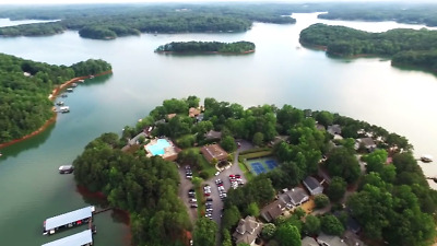 Gated Community with Golf Course on Lake Hartwell