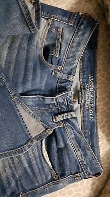 American Eagle Outfitters  super stretch jeans size 6 short
