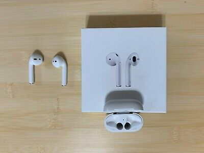 Apple AirPods with Charging Case 1st Gen MMEF2AMA