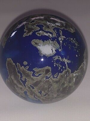 LUNDBERG STUDIOS EARTH MARBLE World Art Glass Paperweight Round Bottom