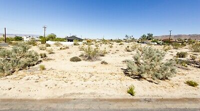 Lot with water in 29 Palms great area just outside Joshua Tree National Park