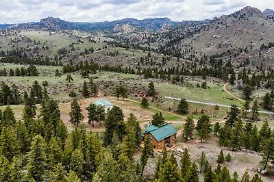 40 Acres in the Colorado Rocky Mountains Furnished