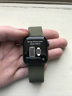 Apple Watch Series 6-40mm-AluminumCeramic Case w Apple Watch Charger - Band