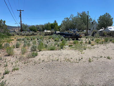 Sierra land with all utilities near natural hot springs