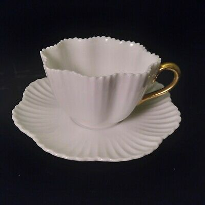 Richard Ginori Vintage Shell Form Cup - Saucer Set Bright White w Gold Handle
