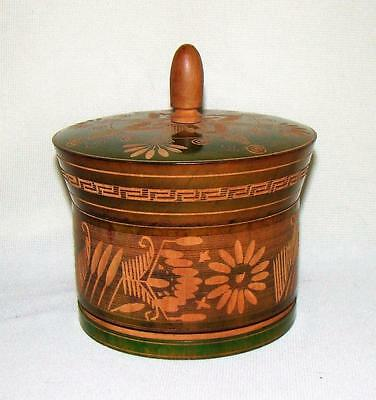 ANTIQUE HAND CARVED GREEN TINTED WOODEN WARE TREEN COVERED ROUND BOX SUGAR w LID