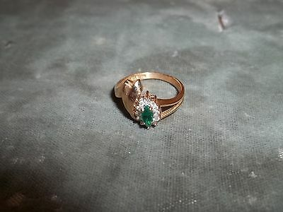 14K Gold Ladies Synthetic Emerald and Diamond Ring  Size 6-5 - Pre-Owned