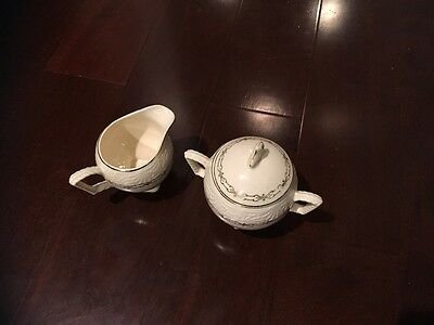 vintage sugar bowl and creamer shell krest made in U-S-A-