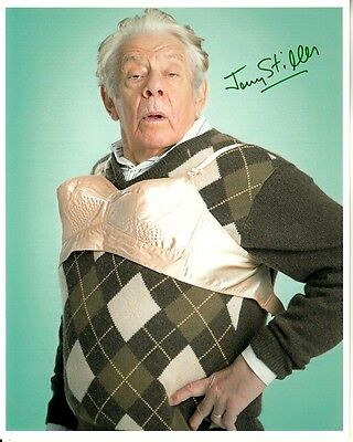 JERRY STILLER hand-signed HILARIOUS 8x10 CLOSEUP WEARING BRA authentic w COA