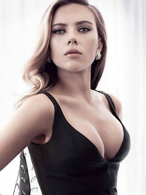 SCARLETT JOHANSSON  HOT PINUP APPROX- 4  6 INCHES HIGH QUALITY PHOTO