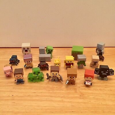 Minecraft Lot Of 17 Mini Figures Collectable