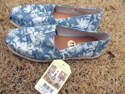 Toms Womens Classic Floral Printed Suede Shoes