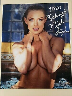 Nikki Leigh Autographed 8x10 Actress Model Playmate Direct To You