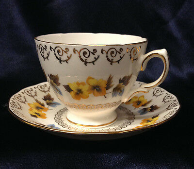COLCLOUGH ENGLAND 8311 FOOTED CUP - SAUCER 8 OZ YELLOW FLOWERS GOLD ACCENTS