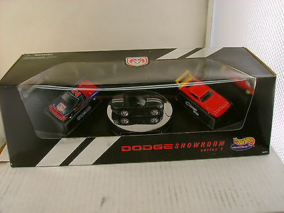 HOT WHEELS CALLECTIBLES SERIES 1 DODGE SHOWROOM 3 CAR SET NEW IN BOX