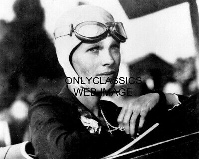ICONIC AIRPLANE PILOT AMELIA EARHART PHOTO RECORD HOLDER LEATHER HELMET GOGGLES