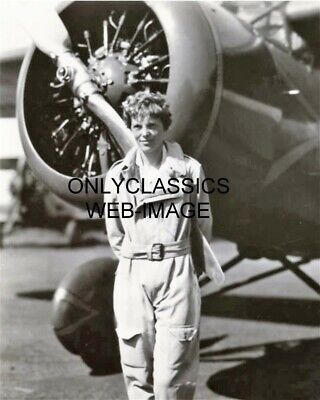 AMELIA EARHART RECORD HOLDER POSING BY HER AIRPLANE PHOTO AVIATION PILOT PIONEER