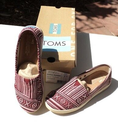 NEW TOMS Women Sz 7-5 Avalon Sneaker Red Tribal Woven casual flats shoes NIB
