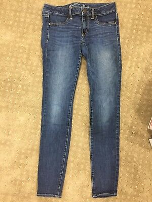 WOMENS AMERICAN EAGLE Outfitters JEANS Size 6 -29-5 Inseam Low JEGGING STRETCH