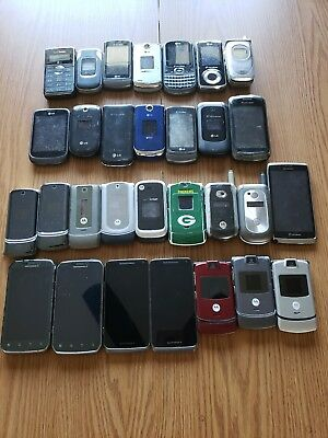Lot of 30 Used Cell Phones LG - Motorola - For Parts - Sold as is
