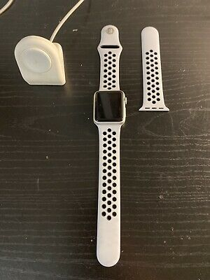 Apple Watch 1st Gen Sport 38mm Space Gray Aluminum Series 0 USED With Charger